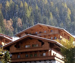 Haus Hislop in the Winter